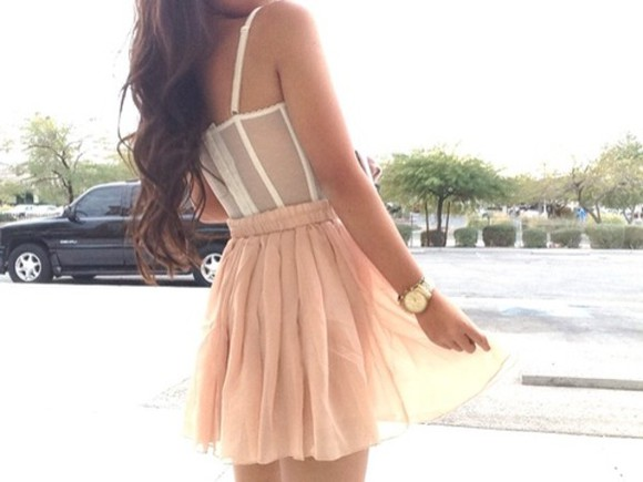 jewels tank top accessory gold accessories pretty beautiful skirt pink skirt short skirt flowy beautiful skirt dusty pink dusty rose white chiffon skirt corset top corset bralette bralet top corset bra bralet full corset top beautiful corset white corset watches watch gold watch underwear