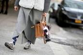 bag,bag accessories,karlito,karl lagerfeld,brown bag,handbag,sneakers,grey sneakers,coat,grey coat,streetstyle,new balance