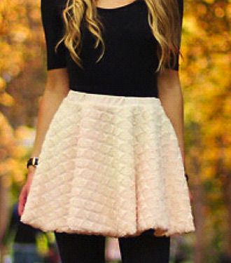 skirt beautiful clothes winter outfits shirt black baby pink cute wool white cream cream skirt white skirt wool skirt pretty cute skirt gorgeous amazing hot girl fashion t-shirt dress top dark quilted short skirt blouse black shirt black leggings style fall outfits leggings black small
