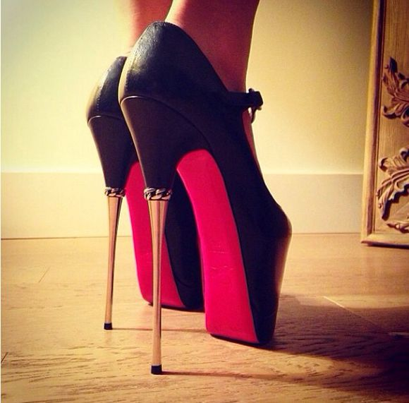 shoes gold heel black high heels platform high heels stelleto red gold chains platform heels