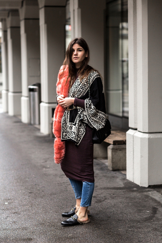 the fashion fraction blogger tunic fur scarf winter outfits