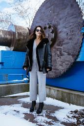 chicityfashion,blogger,jumpsuit,grey jumpsuit,black shearling jacket,high heels boots