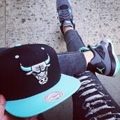 shoes,nike shoes,jordans,michael jordan,grey shoes,hat,chicago bulls