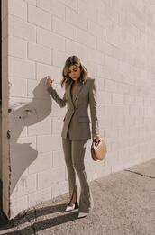 pam hetlinger,the girl from panama,blogger,jacket,pants,bag,shoes