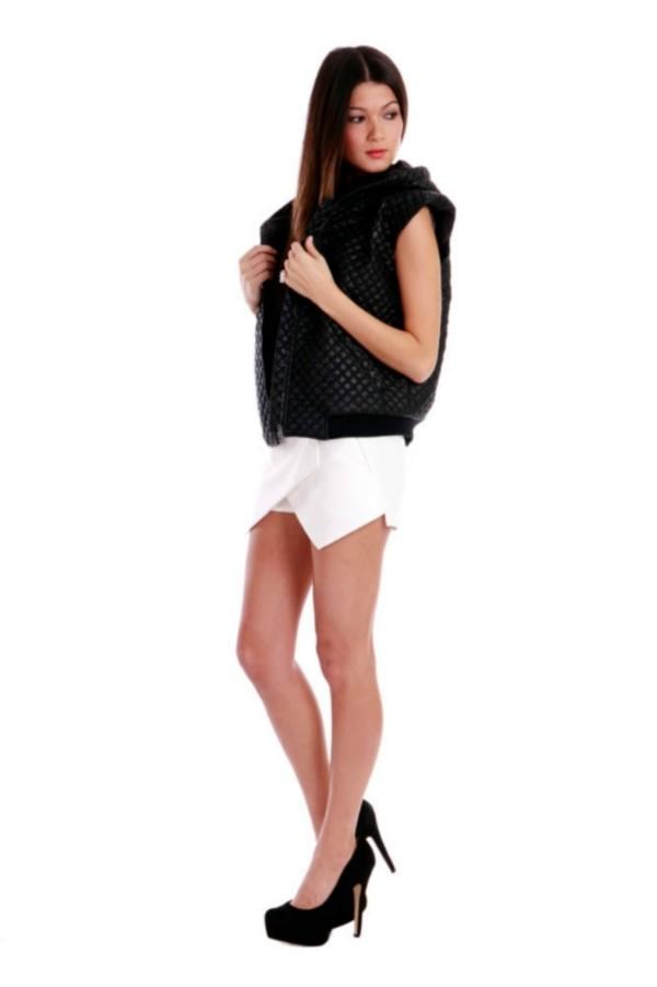 skirt onehoneyboutique skorts white sportsluxe blogger
