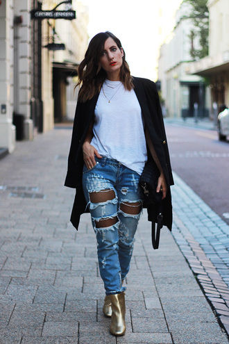 jeans white shirt black blazer distressed denim jeans gold boots blogger