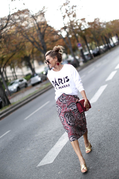 b a r t a b a c blogger sweater skirt shoes bag jewels sunglasses winter outfits fall outfits midi skirt red bag paris