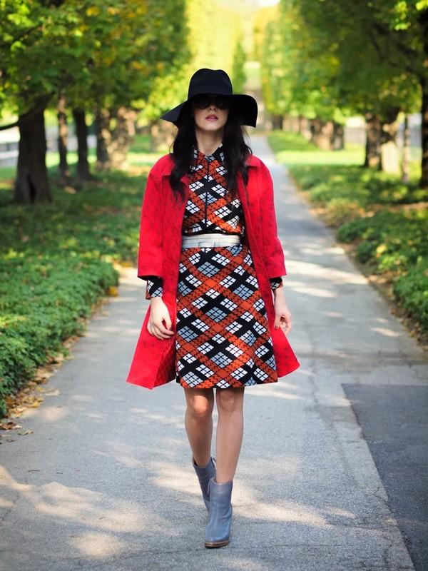 bittersweet colours coat dress shoes hat bag