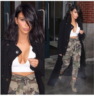 pants army pants top beautiful fashion kim kardashian jacket shirt camo pants white crop tops jewels jeans camouflage