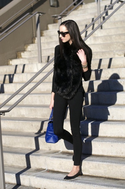the glam files blogger sunglasses top jewels pants bag