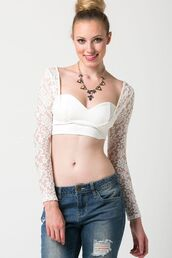 top,ivory lace,ivory crop top,lace sleeves,long sleeves,long sleeve crop top,sweetheart neckline,www.ustrendy.com