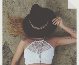 shirt beach tumblr help a girl out dashboard crochet fashion crop tops crochet crop top hat jewels swimwear crochet bikini white halter top bikini top halter neck knit boho hippie cute summer summer top tan white top white crop tops lace lacy top 90s style jacket hair accessory