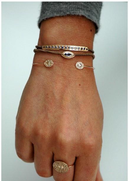 jewels bracelets gold bracelets ring fashion tumblr diamonds gold bracelets gold rings hand jewelry fashion jewelry diamonds stones beautiful love