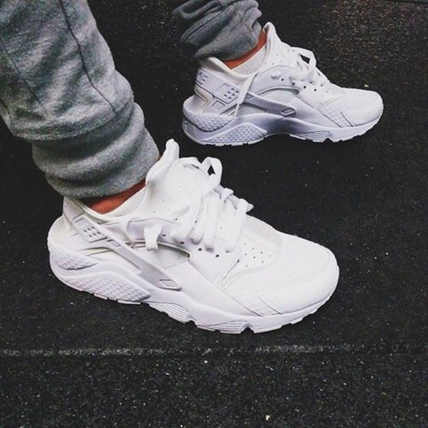 Link 1896316 Nike Air Huarache All White