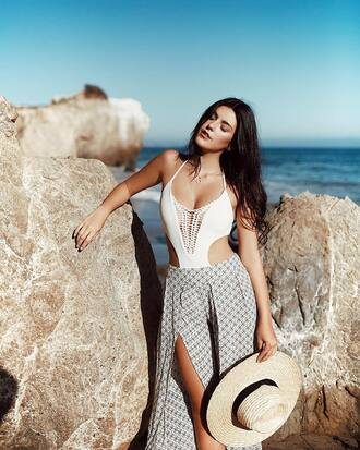 swimwear hat tumblr one piece swimsuit white swimwear sun hat pants slit pants