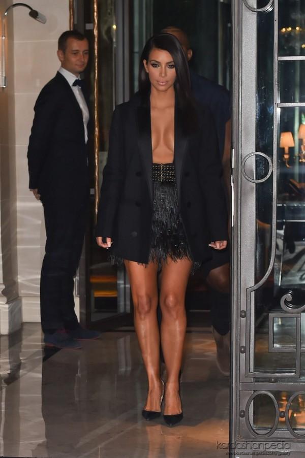 skirt jacket blazer kim kardashian fashion week 2014