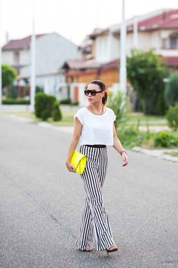 cashmere in style t-shirt pants bag jewels sunglasses