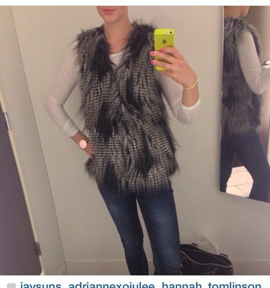 jacket feathers cute fashion vest fur coat fur vest fur winter sweater layers classy fabulous coat hot black