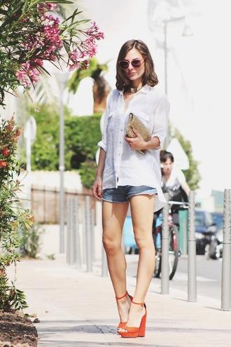 venka vision blogger shirt sunglasses wedge sandals denim shorts clutch