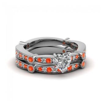 jewels evolees evolees.com women's fahion heart shaped diamond bridal wedding ring set with poppy topaz poppy topaz ring set heart diamond bridal ring set