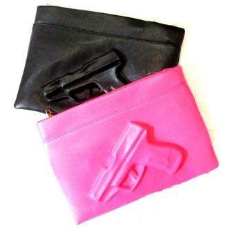 bag pistol clutch pistol bag gun bag gun clutc black bag pink bag pink clutch black clutch gun clutch pop gun clutch