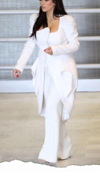 Kim Kardashian White Coat - Shop for Kim Kardashian White Coat on