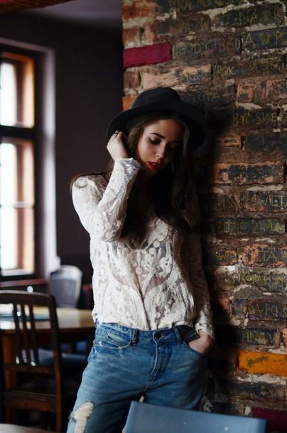 jestem kasia blogger hat boho ripped jeans lace top