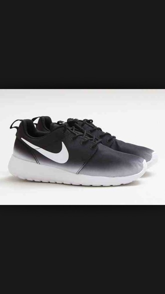 shoes roshe runs nike running shoes roshes nike shoes womens roshe runs ombre womens nike shoes roshe runs mesh nike shoes