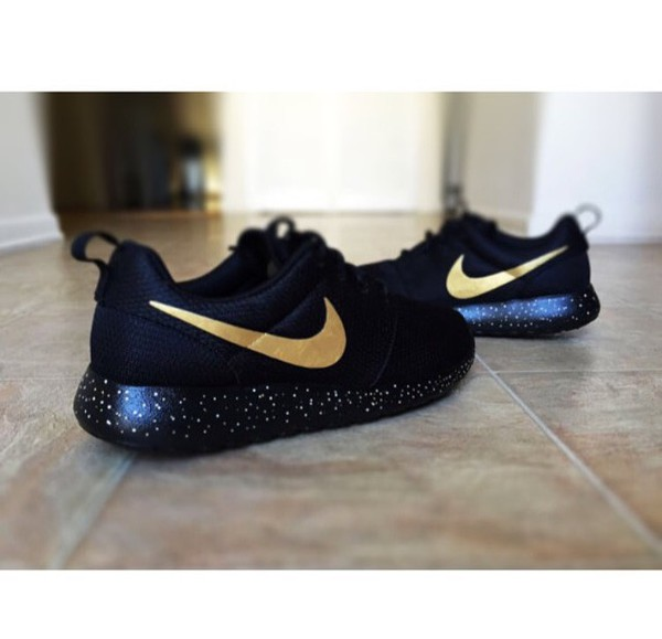 sports shoes 31f2f c4335 usa nike roshe one black and gold 89602 d43f4