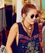 shirt,miley cyrus,hippie glasses,t-shirt,sweater,tank top,blouse,sunglasses