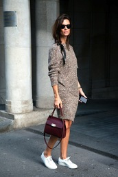 le fashion image,blogger,sunglasses,sweater,dress,bag,beige knit dress,midi knit dress,red bag,burgundy