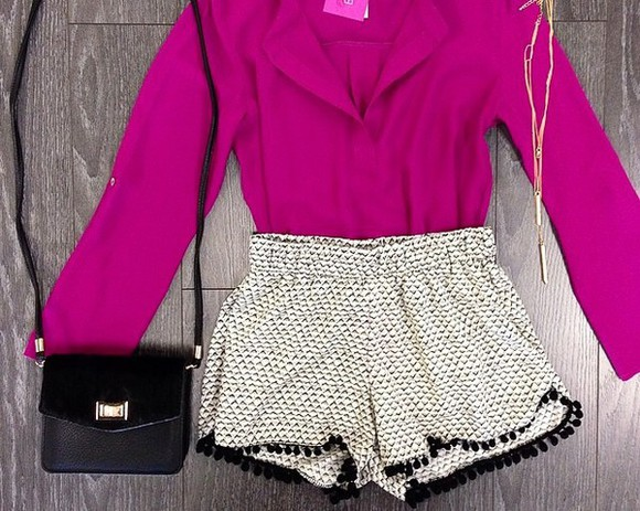 polka dots black shorts white blouse