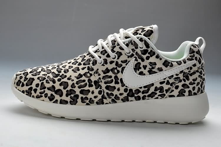 leopard nike frees