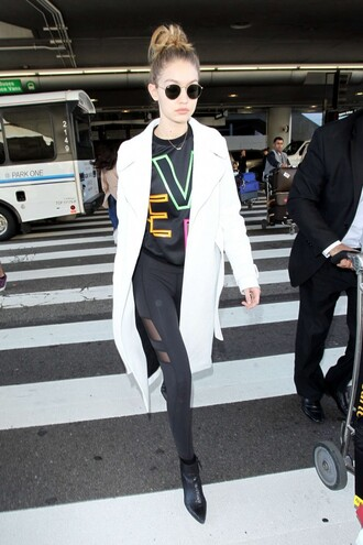 sweater sweatshirt gigi hadid leggings coat