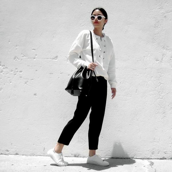 744d348b5f visa lom 1finedai blogger sunglasses sweater bag.