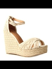 shoes,amazing,in,with,these,wedges,beach,style,white,sand,straw,summer,heels