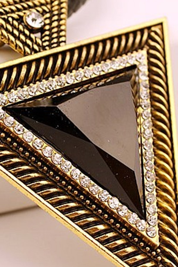 Bold Triangle Choker - OASAP.com