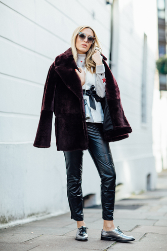 camila carril blogger sweater shirt top pants coat fur coat black leather pants derbies metallic shoes oxfords leather pants black pants cardigan burgundy