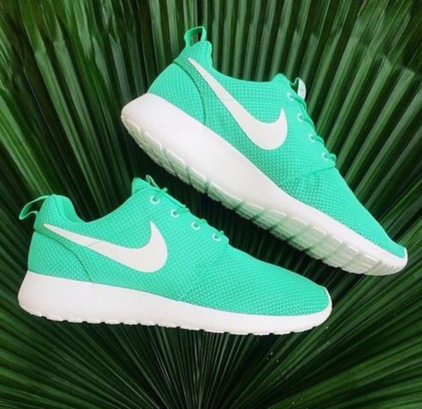 nike womens roshe run teal mint white comforter