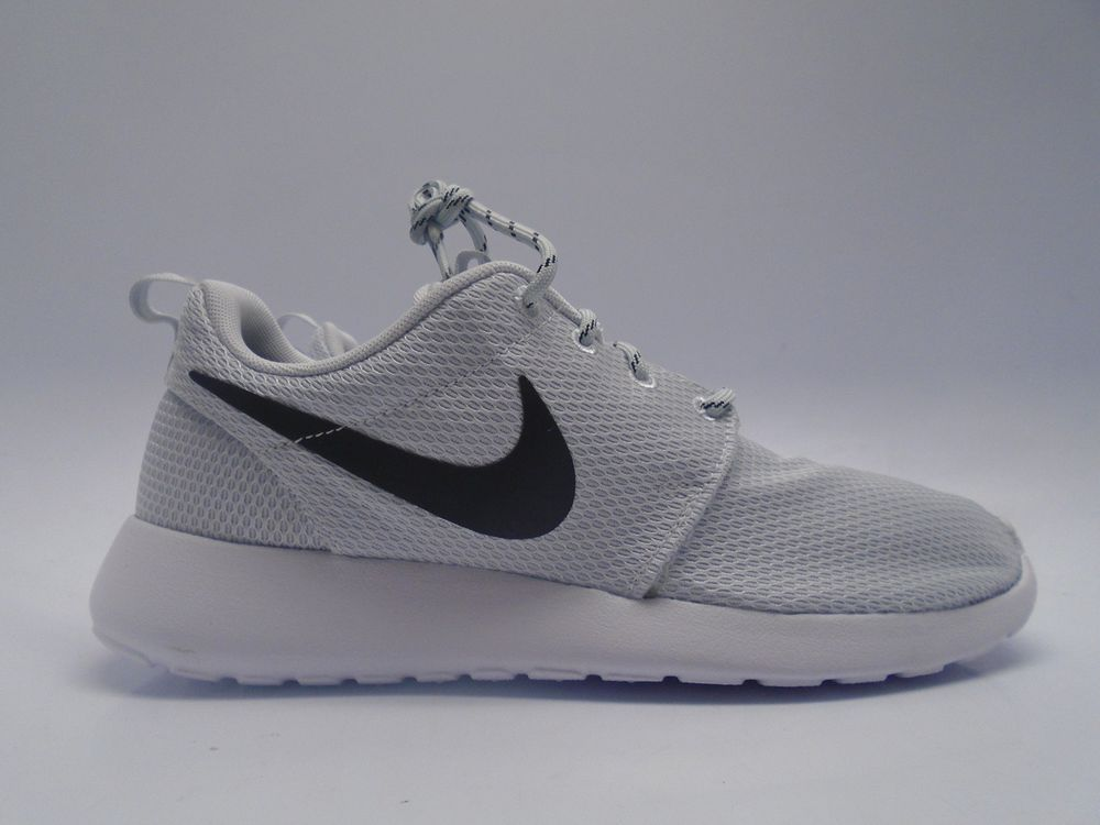 f2c43b6374f7 ... good roshe run pure platinum ebay nike 42d13 f5766