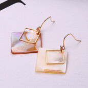 jewels,jewelry,minimalist jewelry,minimalist,earrings,gold earrings,earings,girl,girly,fashion,outfit,outfit idea,style,stylish,style me,brand,j brand,lifestyle,chic,lovly,gold,blouse,women,school girl,christmas,gift ideas,best gifts,birthday gifts for her,gif for her,graduation gift for her,anniversary gifts for her,unique gift for her,for her