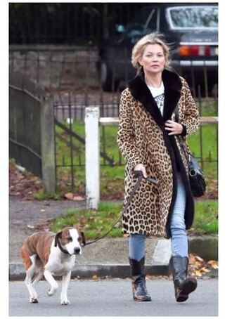 dress animal print kate moss fall outfits boots coat