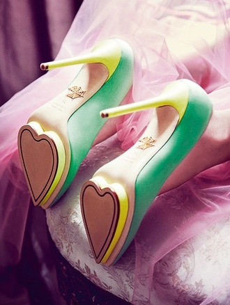 shoes high heels heart vintage retro heels cute heart bottoms name brand tumblr girl yellow purple shoes baige cute shoes spider web