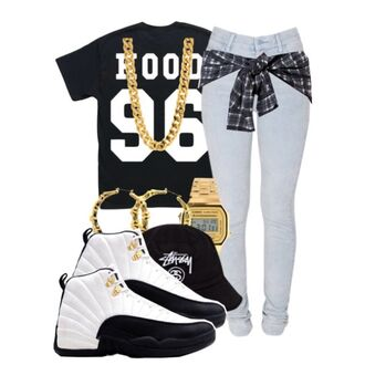 jewels gold chain gold chain necklace hood black white jeans plaid jacket 96 taxis taxi 12s jordans hoops hoop earrings hat watch gold watch