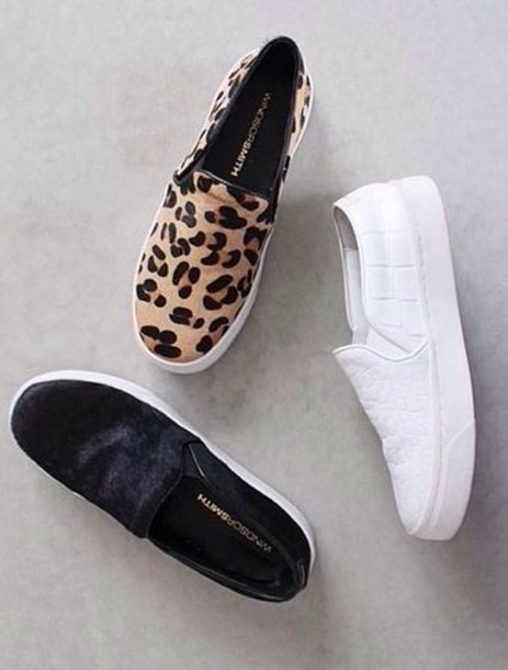 shoes slip on shoes leather trendy sneakers platform shoes black white slip on shoes leopard print leopord print slip on shoes velvet shoes white sole pumps
