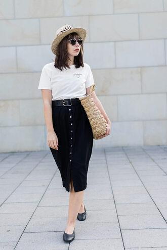 t-shirt tumblr white t-shirt dress midi skirt black dress shoes flats black flats belt bag hat sun hat sunglasses