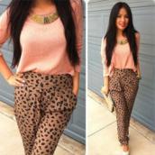 pants,leopard print,harem,harem pants,high waisted bikini,peach,peach blouse,gold,blouse,necklace,high heels,white,jeans,sweater,cream,elegant,cream/beige,leopard pants