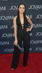 jumpsuit,olivia culpo,black,pants,top,plunge neckline,plunge v neck,black jumpsuit,summer outfits,red carpet,celebrity,celebrity style,celebstyle for less,spring outfits,cute,cute outfits,girly,classy,sexy outfit