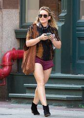 shorts,blouse,ankle boots,hilary duff,sunglasses,purse,mini shorts,purple shorts