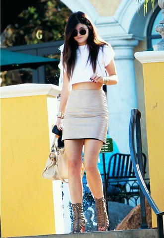 skirt white cool cute t-shirt top shoes shirt kylie jenner leather topshop jewels american apparel